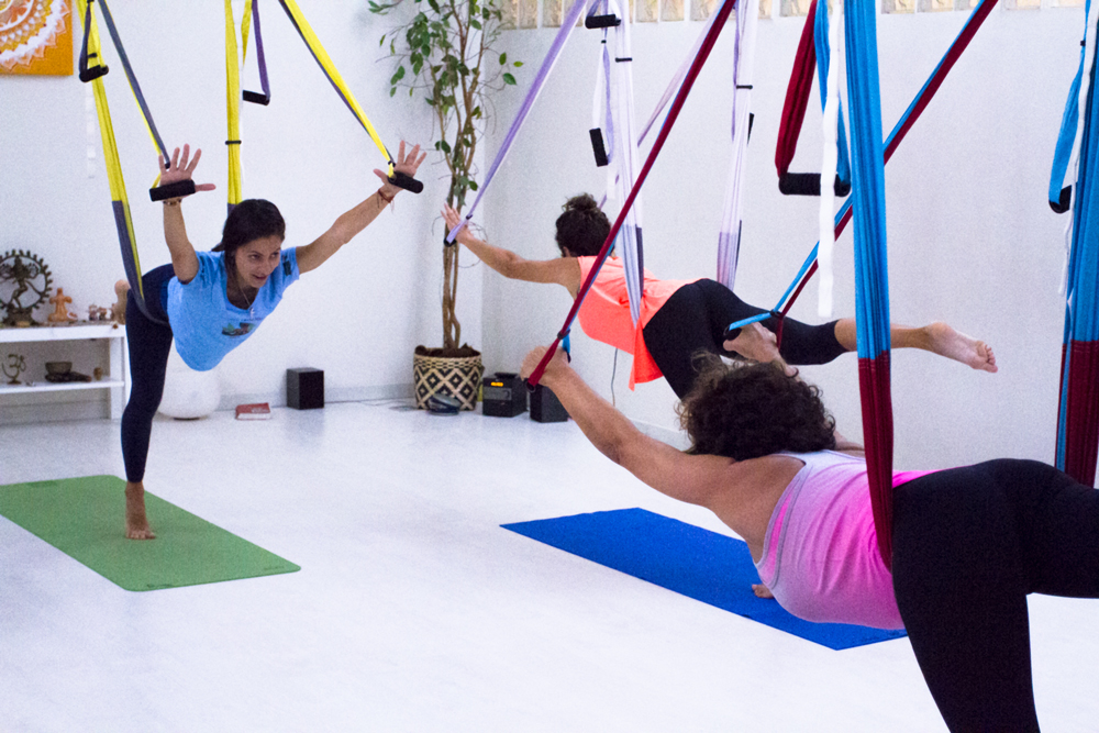 ama-yoga-tenerife-clases-columpio